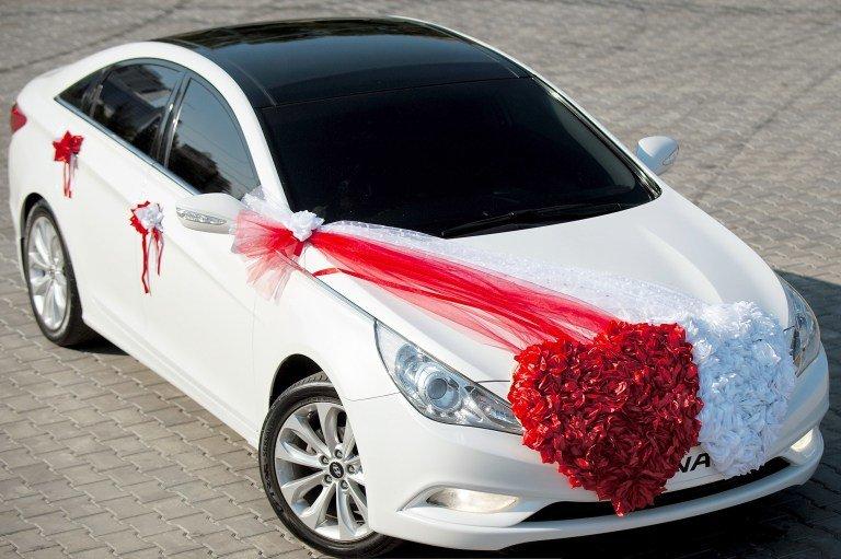свадебные машины украшение предлагаем действительно красивые