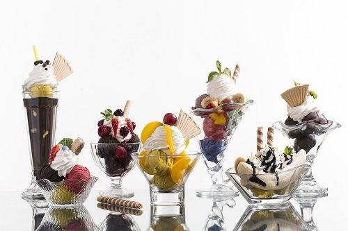 3 апреля 1892 года - день рождения мороженого «Сандэ»