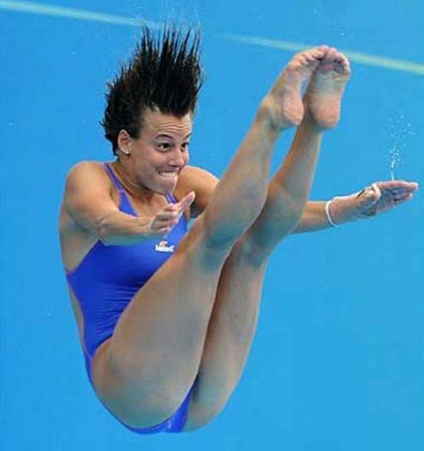 Приколы прыжки в воду картинки