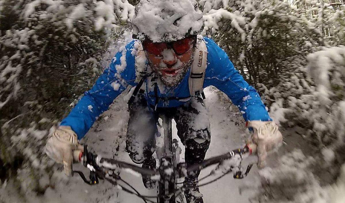 Смешные картинки про велосипедистов зимой, открытку днем влюбленных