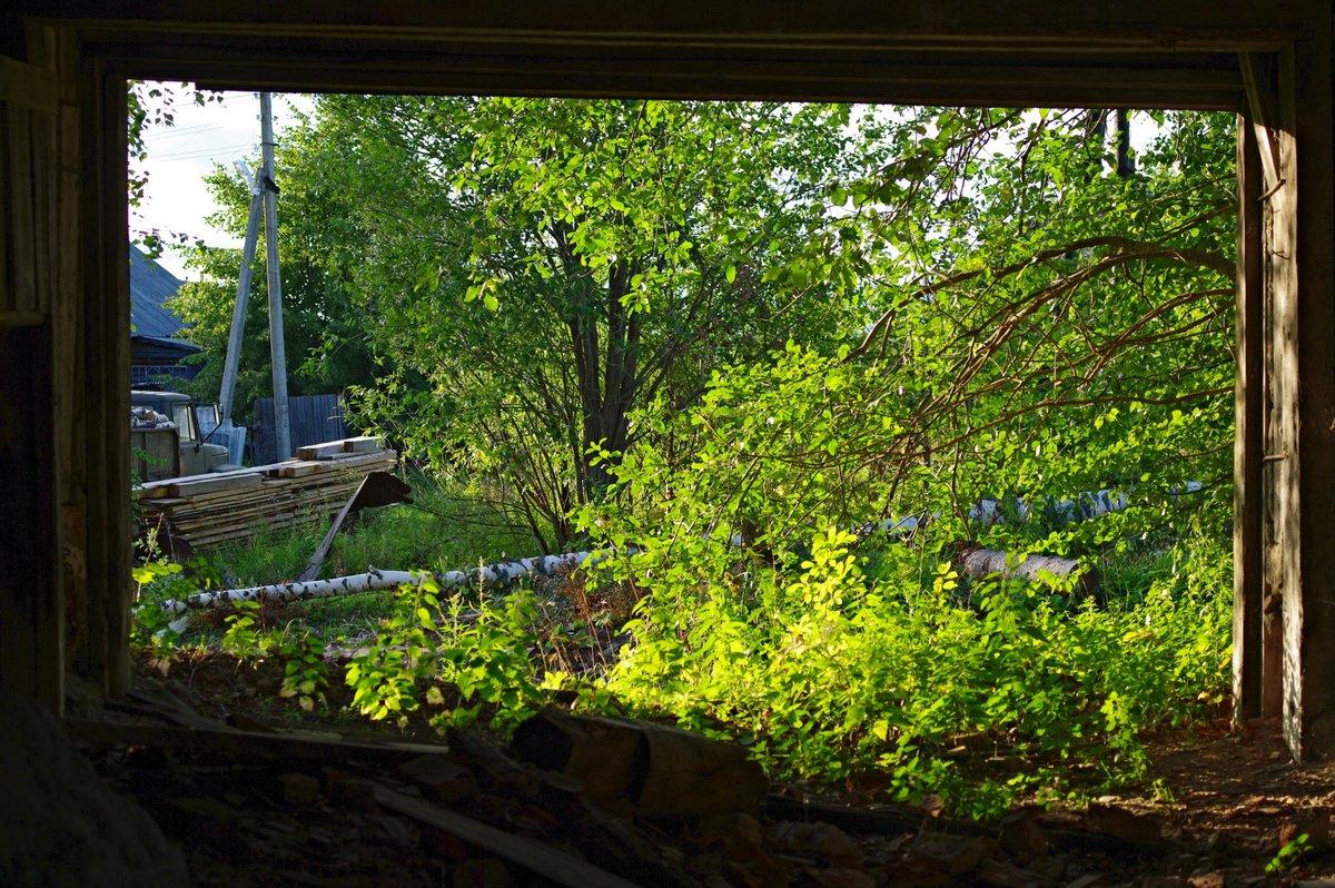 картинки вид из окна деревенского дома
