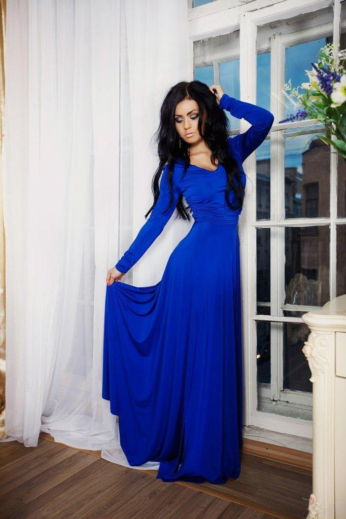 Синее длинное платье картинки