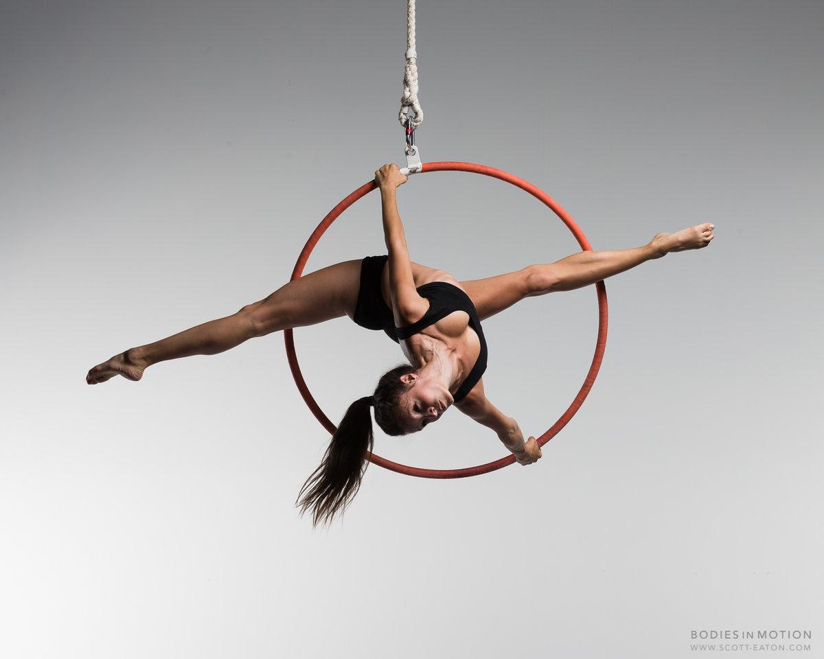 гимнастка на кольце картинки километры вёрст