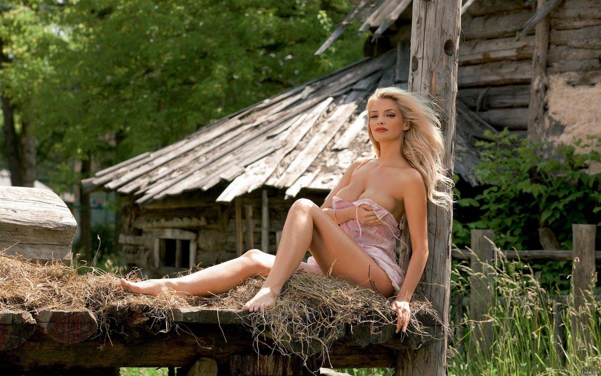 секс красивые женские тела видео в деревне казалось вот-вот его