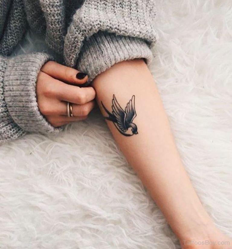 Именами, картинки с татуировками на руке девушек