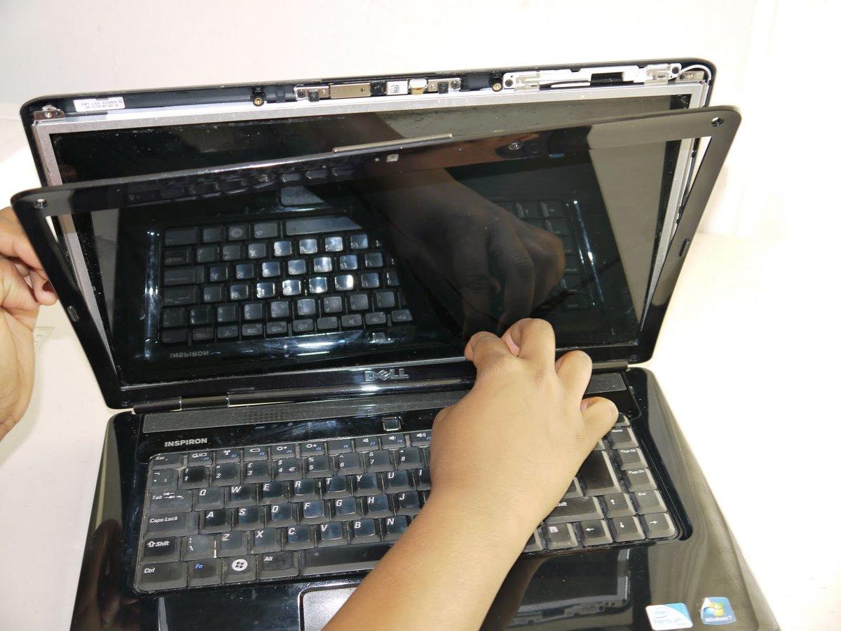 сдали ноутбук в ремонт с интим фото - 6