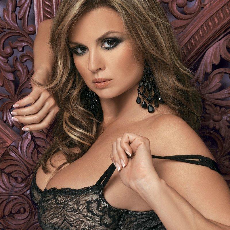 российские актрисы и певицы голые фото жесткий горячий