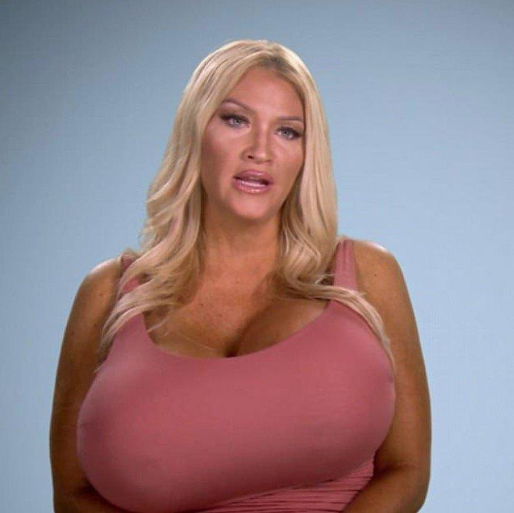 самая большая обвисшая грудь - 3