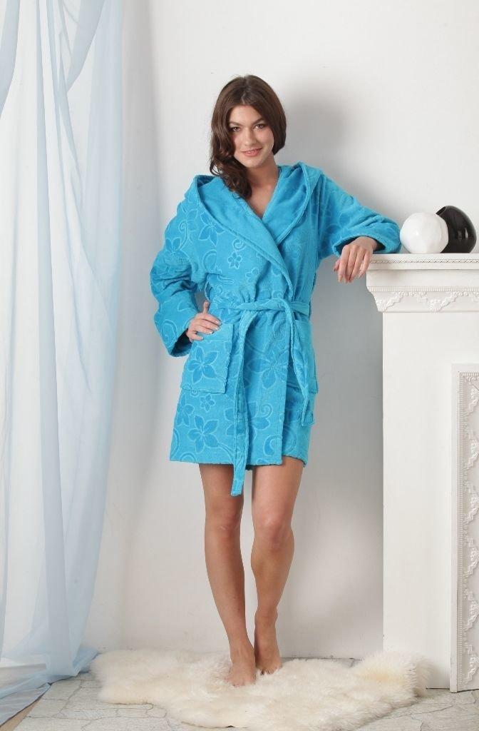 Деревенские женщины в халате