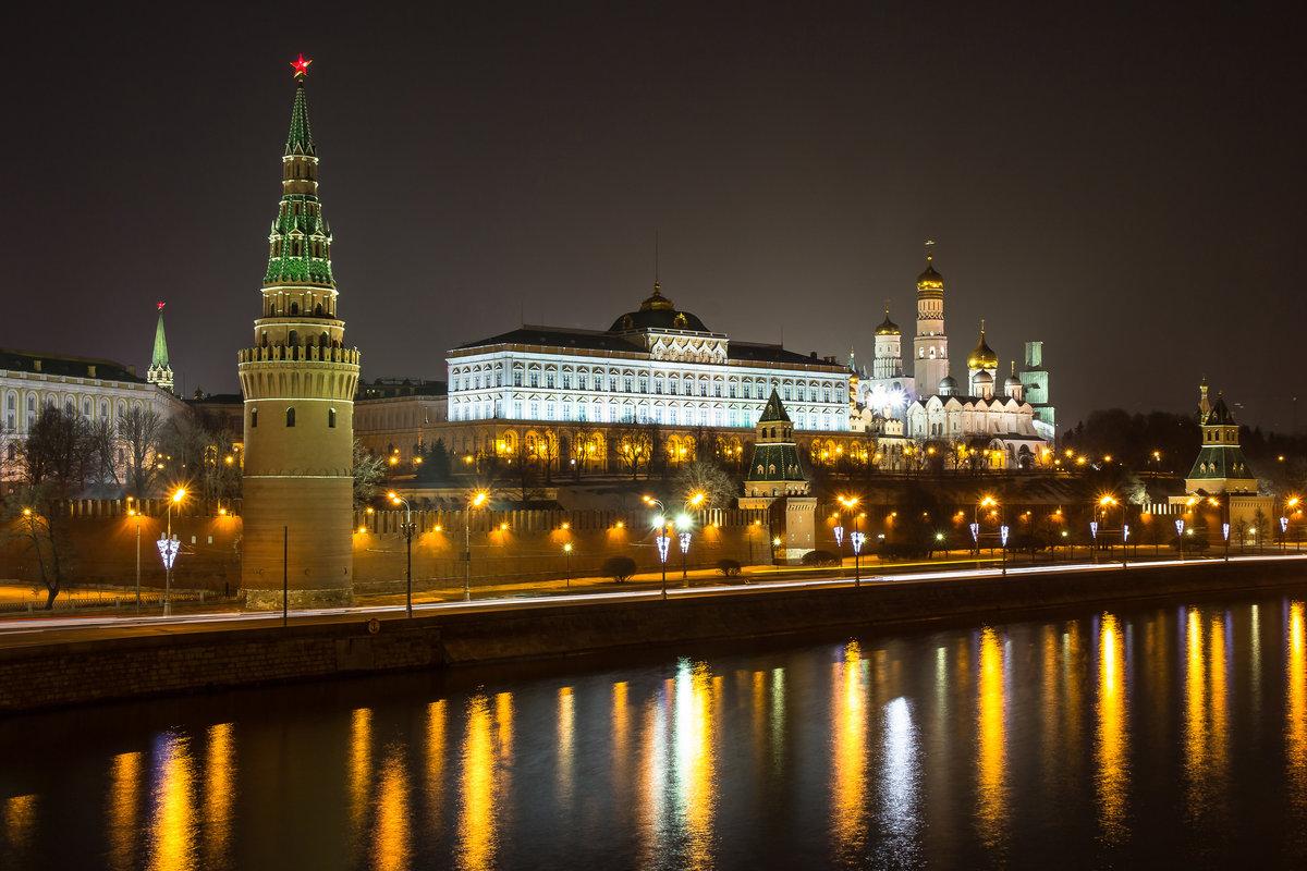 фото ночного кремля в москве огромных, пока