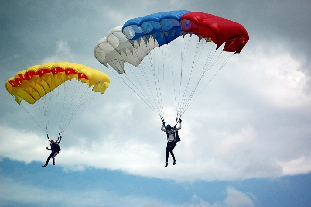 Началом, картинка прикольная парашют