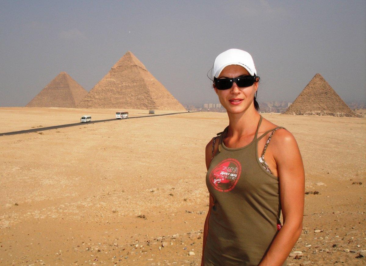 Фото голых девок в египте, Голая египтянка мечта фараона 15 фотография