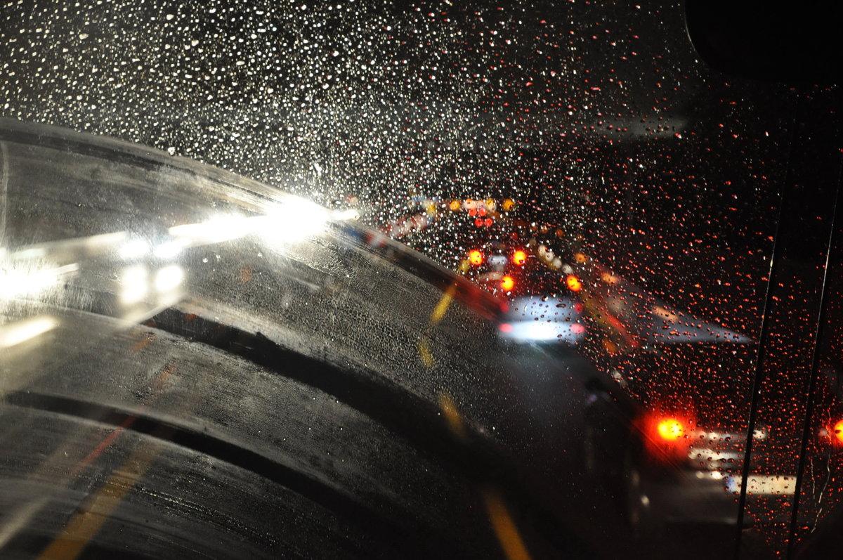 реалии таковы, фото ночной дождливой москвы за рулем можете ознакомиться комментариями