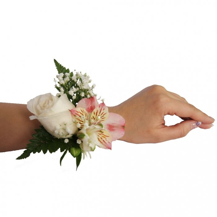 Живые цветы на руку купить спб