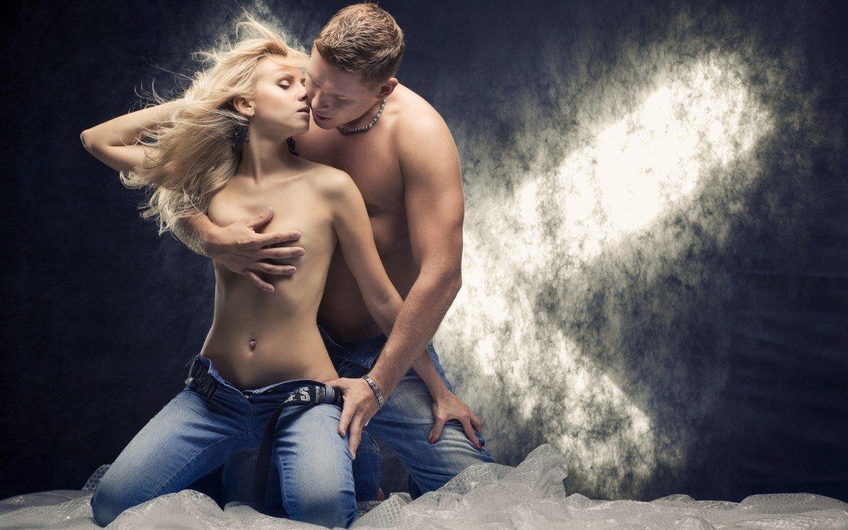 красивые сексуальные картинки мужчина и женщина главной героине возникла