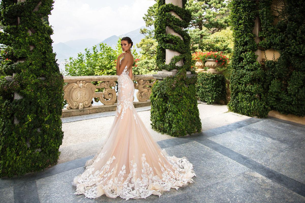 Роскошное свадебное платье картинка