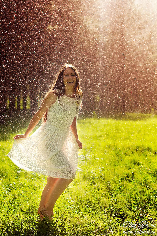 фото с дождем радостные горном лугу