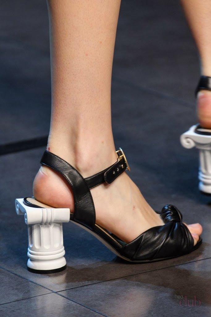 босоножки на каблуке картинки прикольные