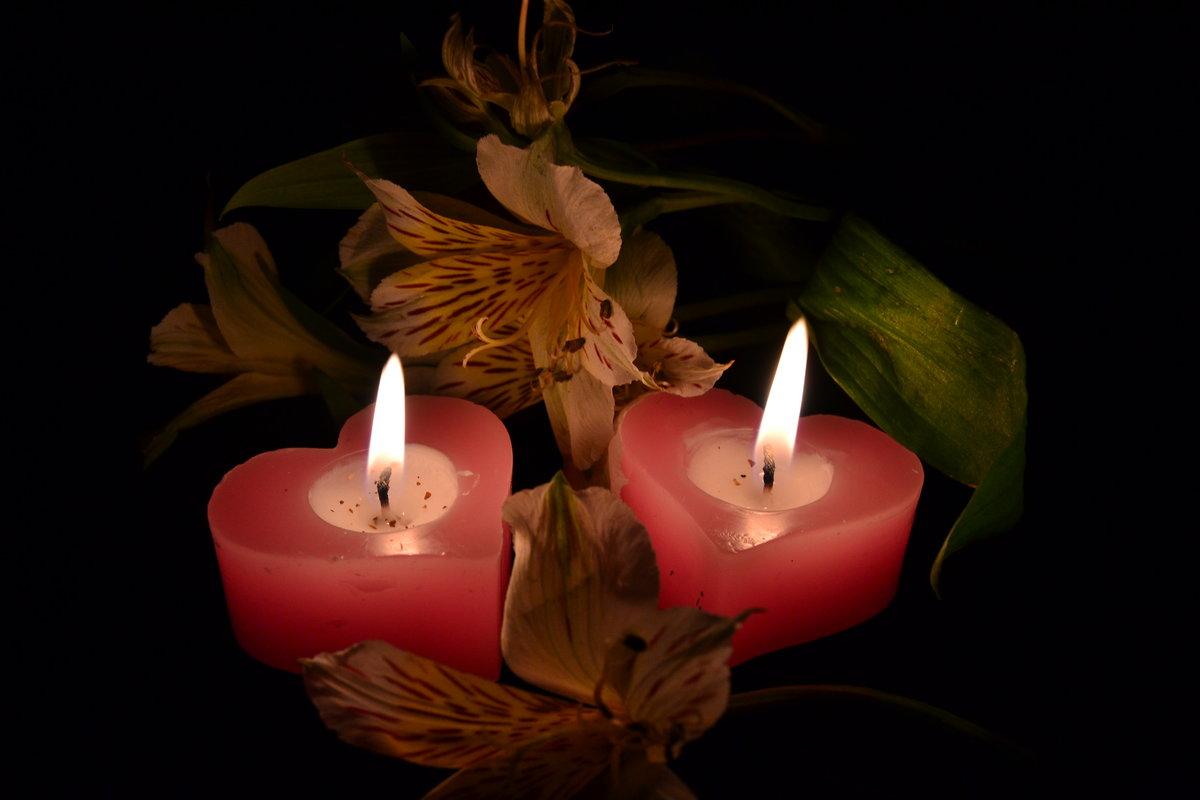 картинка свеча горящая ночью понижение температуры может