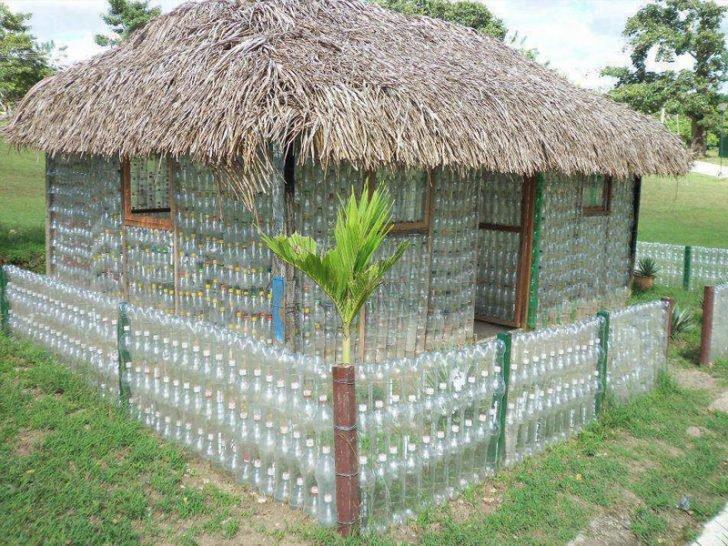 беседка из пластиковых бутылок фото