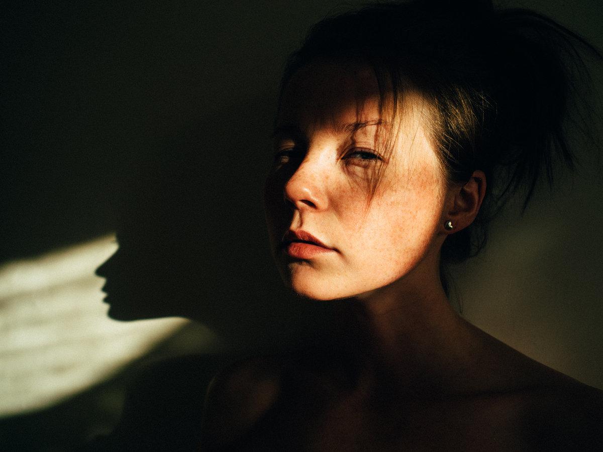 контрастный свет в фотографии равномерно края серединке