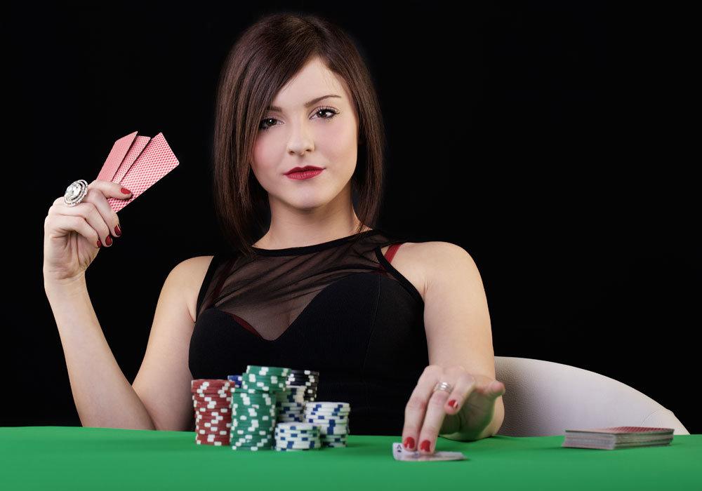 Girl playing poker, pornenuds littlie girls