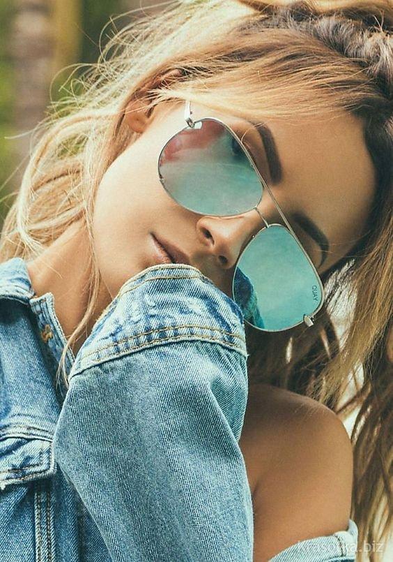 Картинки девушек в очках лето