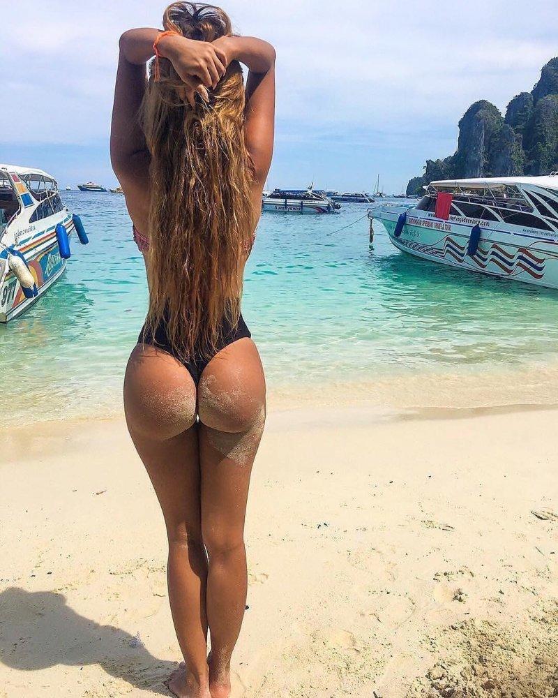 чем-то, красивые попы на пляже фото встречи