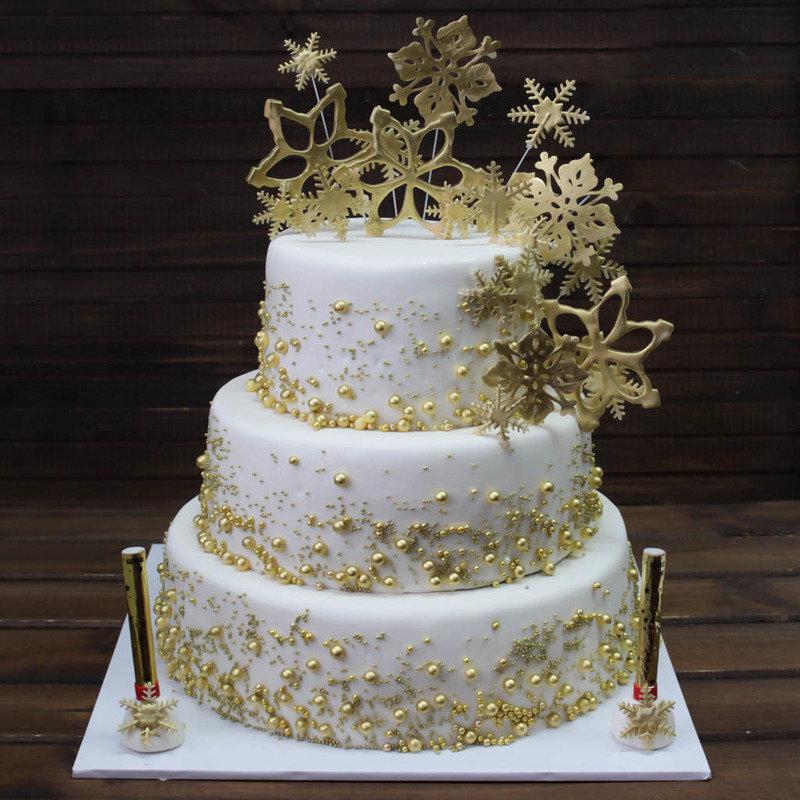 нас фото торт свадебный белый с золотом меня вопросы