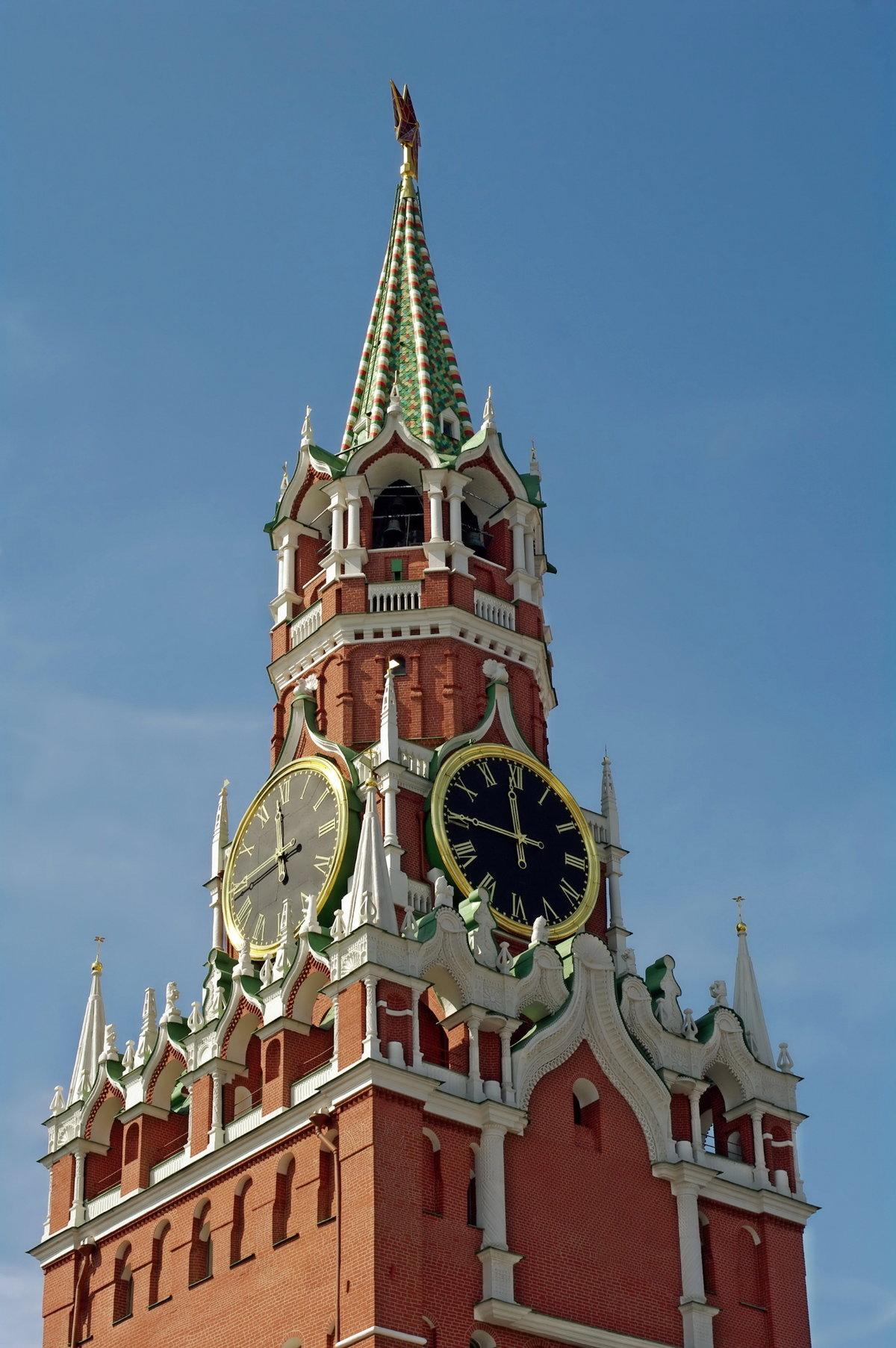 Картинка часовой башни в москве