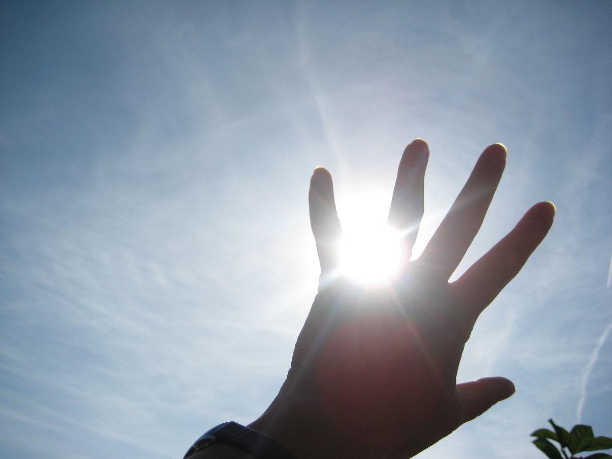 руки света фото якушевская часто