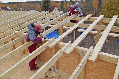 как правильно установить стропила на односкатной крыше