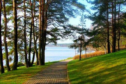Озеро Нарочь в Белоруссии
