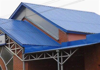 перекрыть крышу профнастилом своими руками