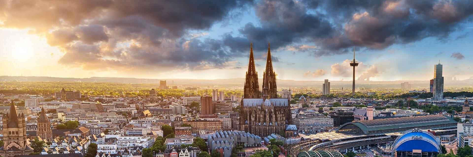 Поиск отелей в Кёльне