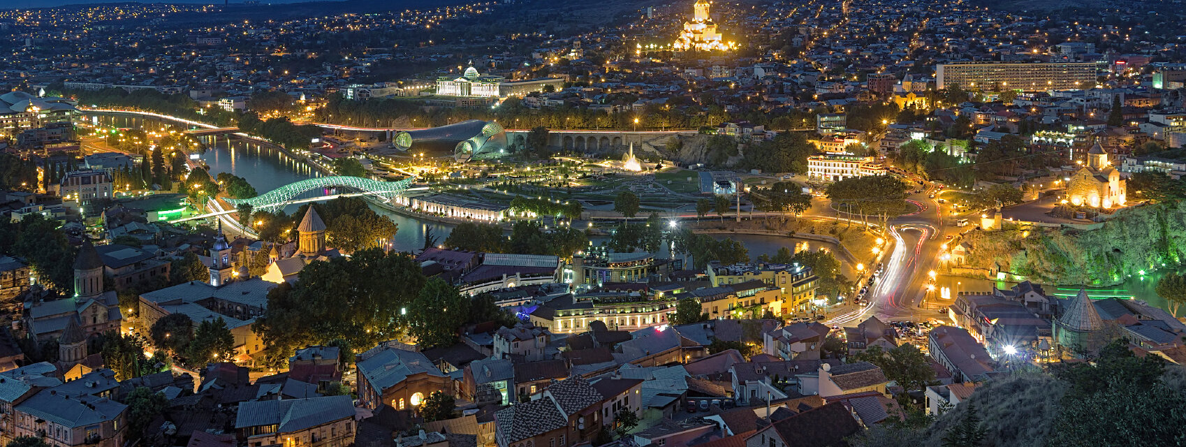 Поиск отелей в Тбилиси