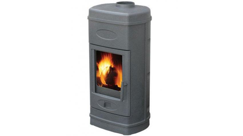"""Plamen Aurora - современная чугунная печь для отопления дома площадью до 90 м2. Системы: длительное горение, вторичный дожиг и """"чистое стекло""""."""