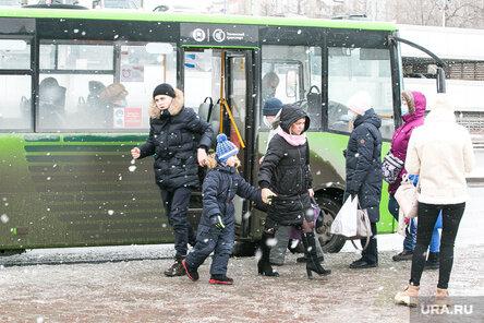 Депутат Госдумы Максим Зайцев предложил ввести бесплатный проезд для детей вплоть до 16 лет. Фото: Денис Моргунов © URA.RU