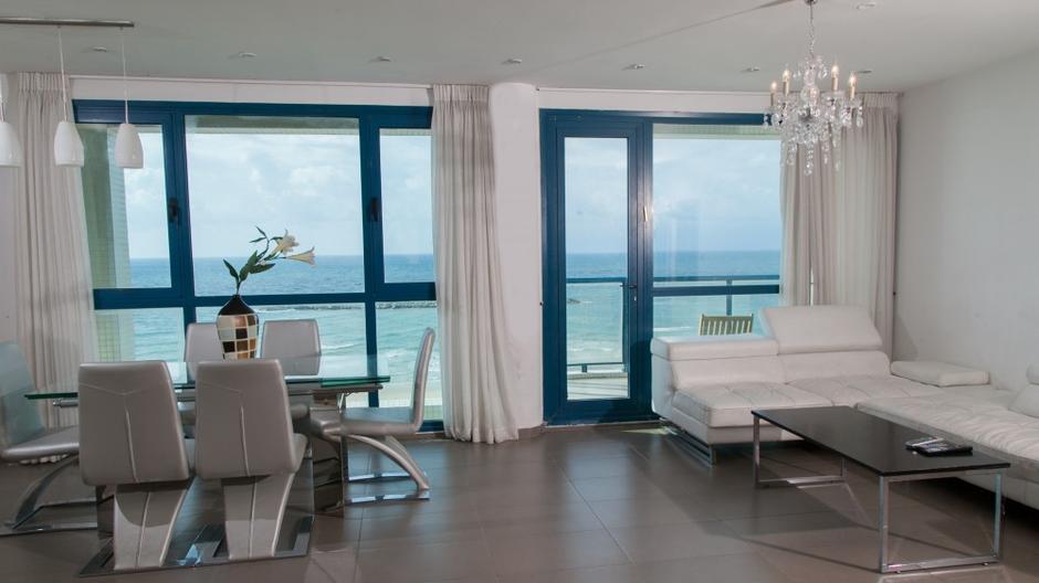 Удобное расположение наших квартир дает нашим гостям свободу выбора, а также адаптацию к любому образу жизни.