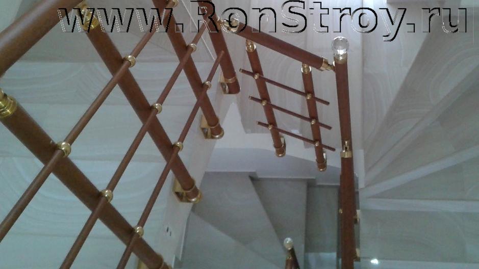 Подходит для узких лестниц и балконов. Цена зависит от конфигурации.