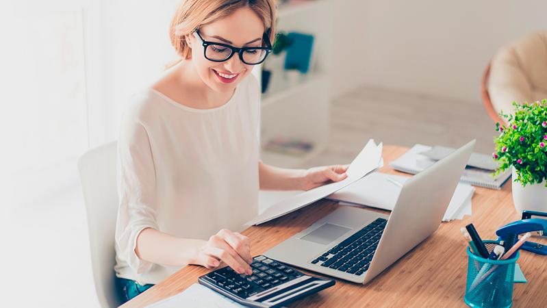 Наши сотрудники возьмут на себя ведение вашей бухгалтерии и сдачу отчетов в ПФР, ФСС, ФНС и Росстат.