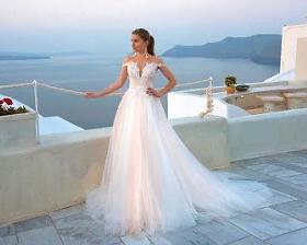 Воздушное свадебное платье коллекции 2019 года