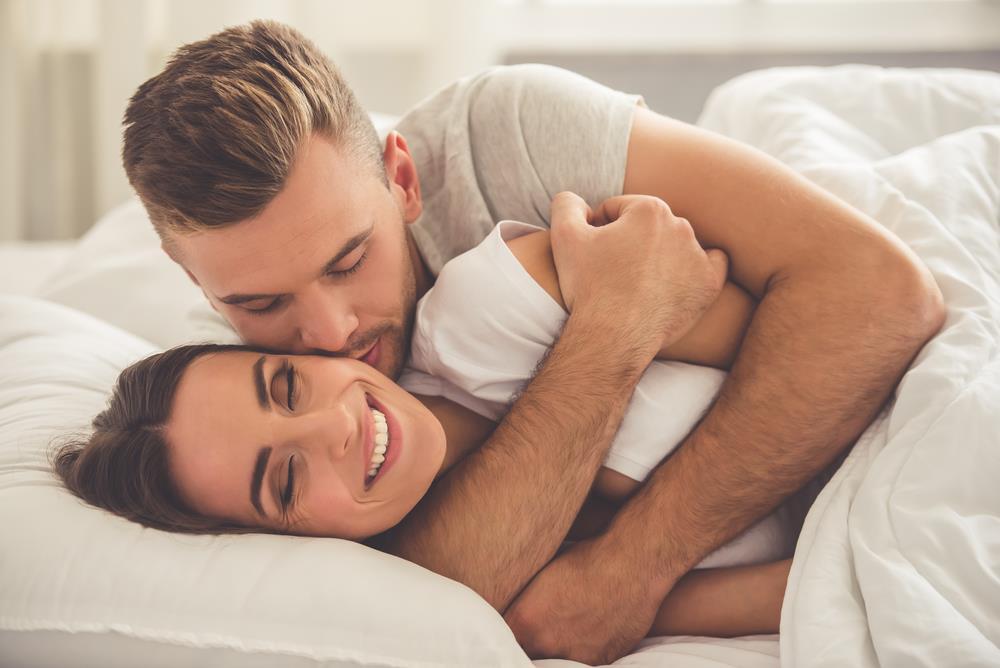 Мужчина и женщина сон картинка