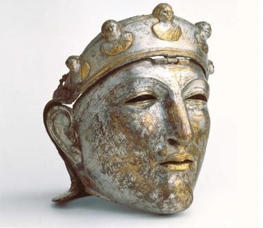 Шлем-маска элитной римской кавалерии / Фото: ©twimg.com