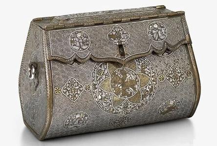 Женская сумочка 14 век, Северный Ирак / Фото: ©twimg.com
