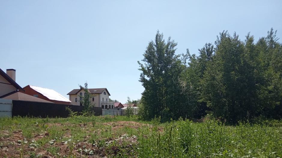 Дома рядом построены и заселены