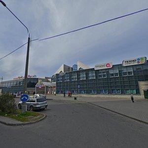 Минск, Улица Дунина-Марцинкевича, 11: фото