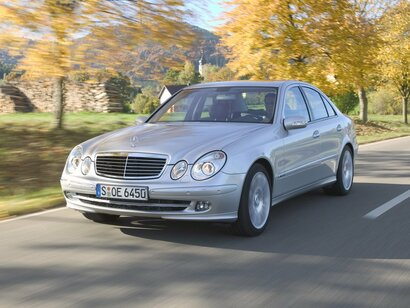 Купить Mercedes-Benz E-klasse пробег 350 000.00 км 2002 год выпуска