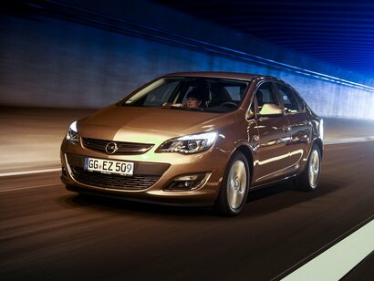 Купить Opel Astra пробег 77 000.00 км 2013 год выпуска