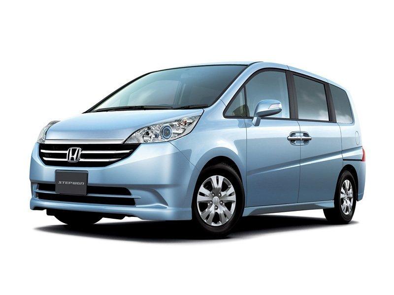 Honda Stepwgn 2005 - 2009, 3 поколение, Минивэн: технические характеристики и комплектации